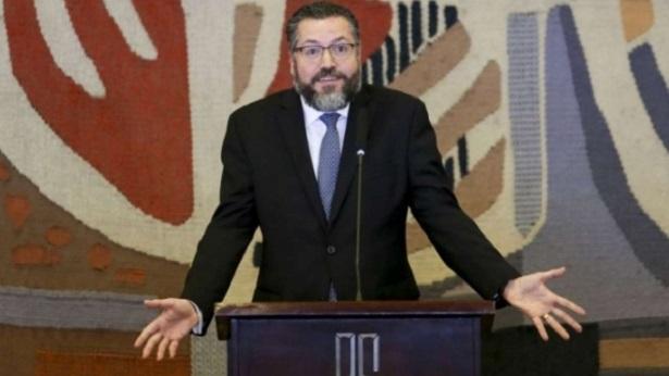 Ministro diz que Brasil não reconhece resultado da eleição para o Congresso da Venezuela - politica