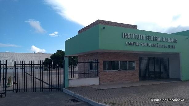 SAJ: Início das aulas para alunos do Rômulo Almeida é adiado - saj, educacao, destaque