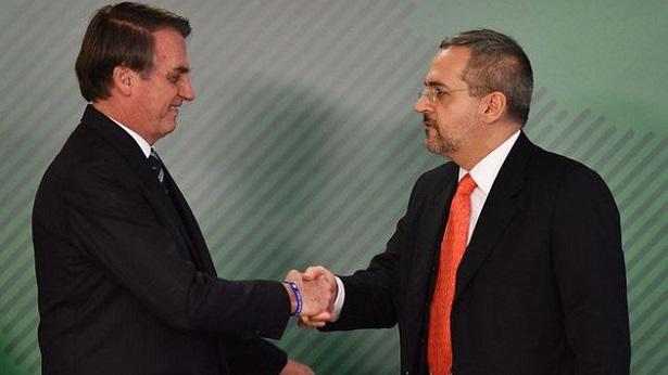 Bolsonaro diz que vai apurar se problema na correção do Enem foi erro do governo - educacao