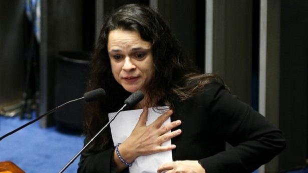 Janaina Paschoal se diz 'preocupada' com ações do governo no combate à corrupção - politica
