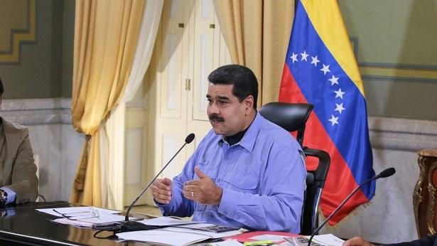 Presidente da Venezuela promete 'arrebentar os dentes' de Bolsonaro - mundo