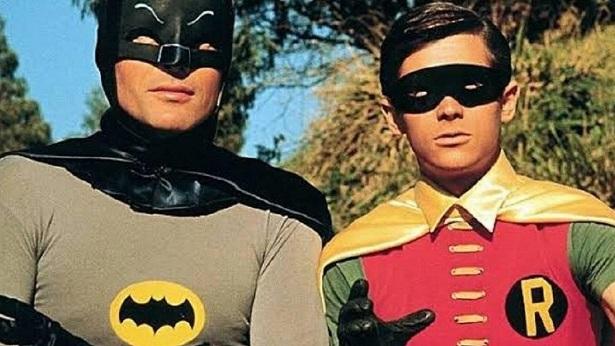 Batman usava toalhas para dar volume na cueca, afirma Robin da série clássica - celebridade, entretenimento