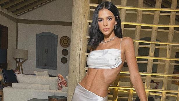 Bruna Marquezine nega sofrer com anorexia: 'Muito saudável' - celebridade