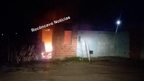 Amargosa: Incêndio atinge casa no Loteamento Cidade Jardim - destaque, amargosa