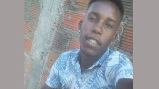 SAJ: Homem morre e mulher fica ferida na Avenida Beira Mar - saj, policia, destaque