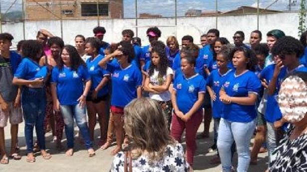 Jequié: Estudantes protestam contra fechamento de escola estadual - noticias, jequie, bahia