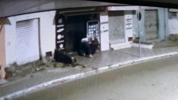 SAJ: Loja de celulares é arrombada na Rua Armando Tavares - saj, destaque