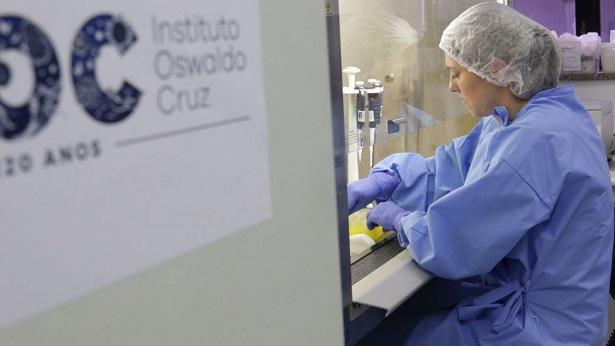 Número de casos suspeitos de coronavírus no Brasil cai para três - brasil