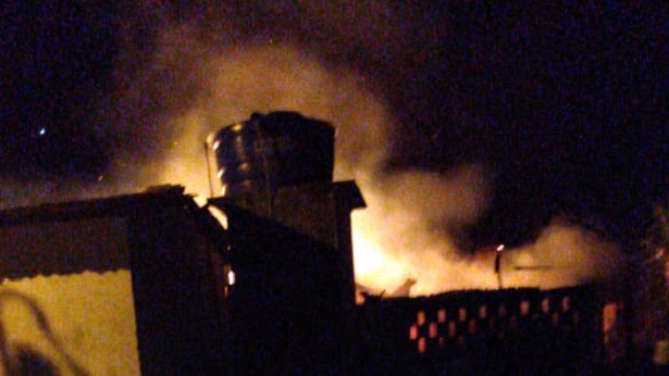 São Felipe: Incêndio atinge engenho de cana no Caboclo - sao-felipe, destaque