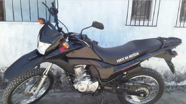 Cruz das Almas: Moto é roubada no Edla Costa - cruz-das-almas