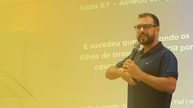 SAJ: Igreja Quadrangular realizará cultos on-line; Pr. Edson explica como assistir - saj, noticias, destaque