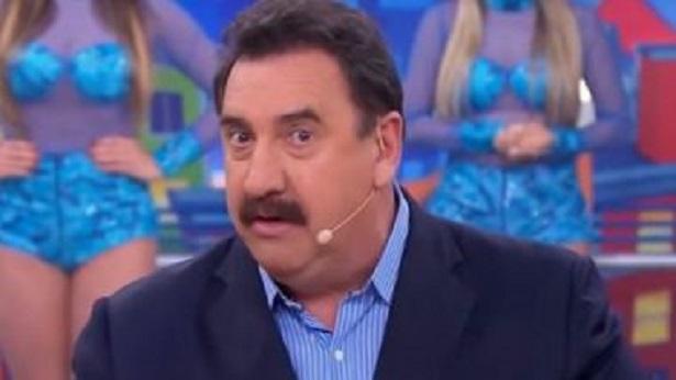 Ao vivo no SBT, Ratinho sai em defesa de Bolsonaro - celebridade
