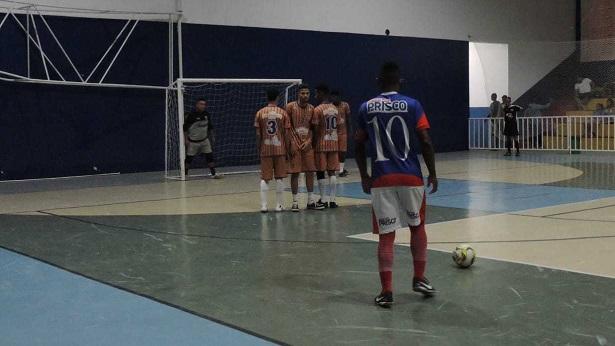 SAJ: Jogos de futebol marcam fim de semana esportivo - saj, esporte