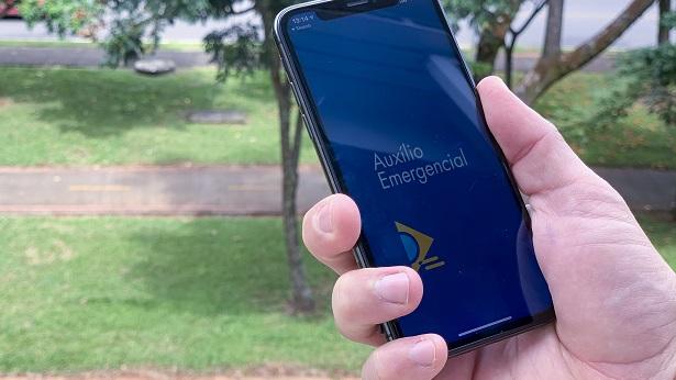 Com nova lei, veja quem tem direito ao auxílio emergencial de R$ 600 reais - economia