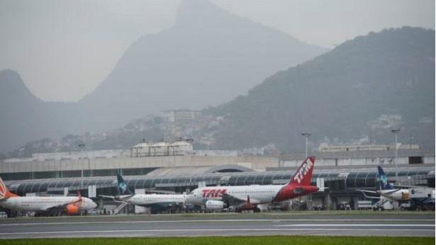 Governo federal leiloa 22 aeroportos - economia