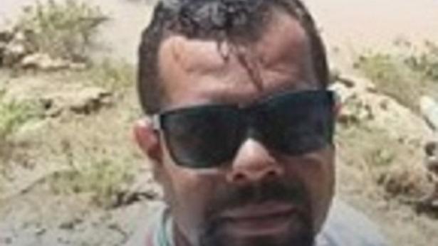 Barra e Xique-Xique: Homem desaparece após caminhão cair em rio - bahia, transito