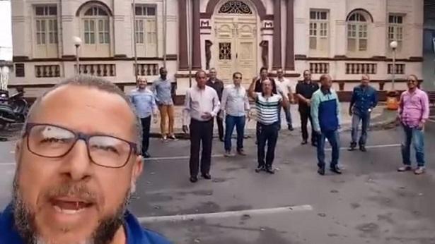 Cruz das Almas: Pastores realizam protesto contra proibição da realização de cultos - destaque, cruz-das-almas