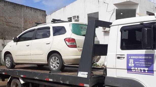 Veículo com placa de Nazaré é apreendido em SAJ por fazer transporte ilegal de passageiros - saj, noticias