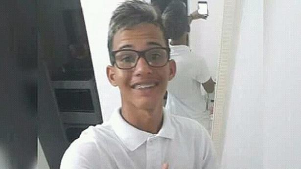 Juazeiro: Jovem morre afogado após ter sido expulso de caiaque, diz família - noticias, juazeiro, destaque