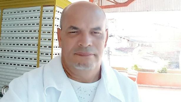 O verdadeiro caráter está na simplicidade de como você lida com as pessoas. Reflita com Dr. Jorge Soares! - mensagem