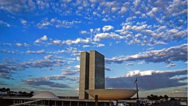 Senado aprova novo marco legal do saneamento básico - brasil
