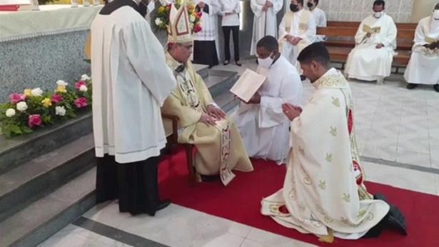 Mutuipense Adivan Pereira é ordenado padre em sua terra natal - noticias, destaque, catolico