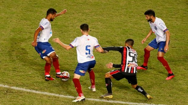 Bahia e Atlético de Alagoinhas empatam sem gols na 1ª partida da final do Baianão - noticias, esporte