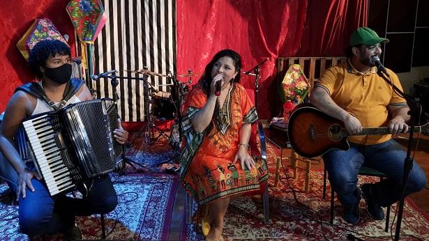 SAJ: Terceiro dia de Festival Música Di Casa é marcado pela diversidade de ritmos - saj, bahia