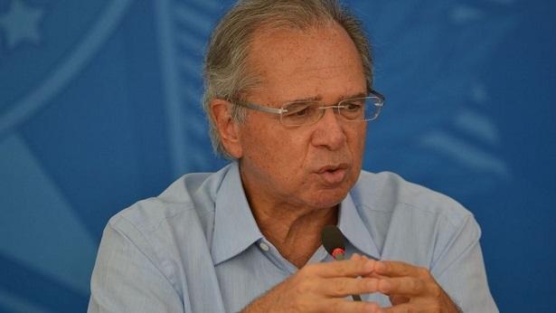 Governo vai prorrogar auxílio emergencial se houver 2ª onda de Covid-19, diz Guedes - economia