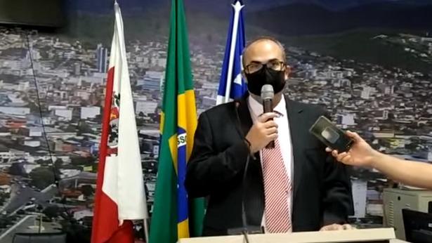 Jequié: Após afastamento de prefeito, vice assume cargo interino - politica, justica, jequie, bahia