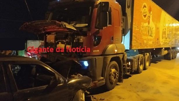 SAJ: Colisão entre carro de passeio e carreta deixa vítima ferida na BA-046 - saj, noticias, destaque, transito