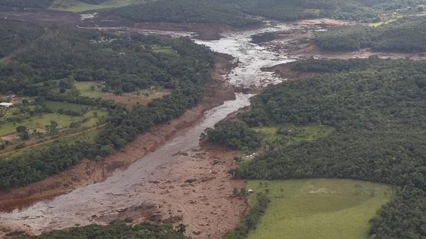 Senado aprova projeto que muda regras de controle de barragens e prevê multa de R$ 1 bilhão para empresas - justica, brasil