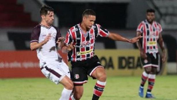 Em jogo com duas viradas, Jacuipense e Santa Cruz ficam no empate no Arruda - esporte