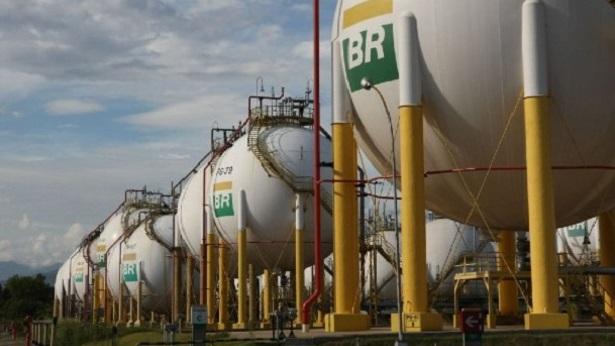 Ministério autoriza Petrobras a importar gás natural da Bolívia - economia, brasil