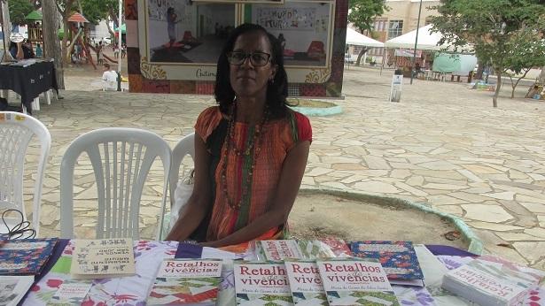 Poema de Maria do Carmo: Maternidade Africana - poesia
