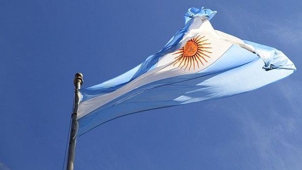 Argentina autoriza legalização do aborto - mundo