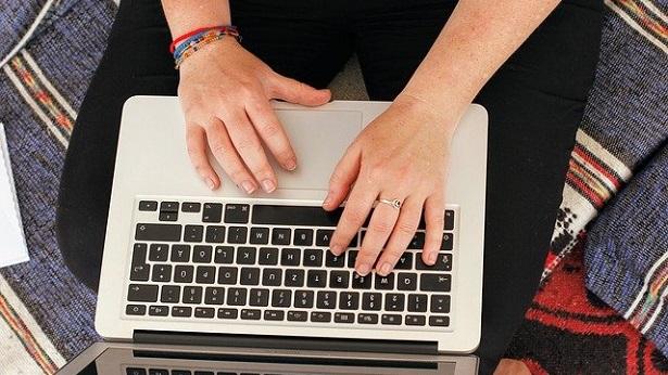 Artigo - Abandono digital é negligência e pode levar à punição dos pais - direito