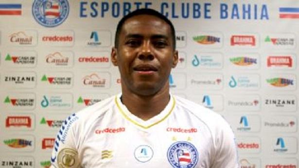 Bahia rescinde contrato com o volante Elias - esporte