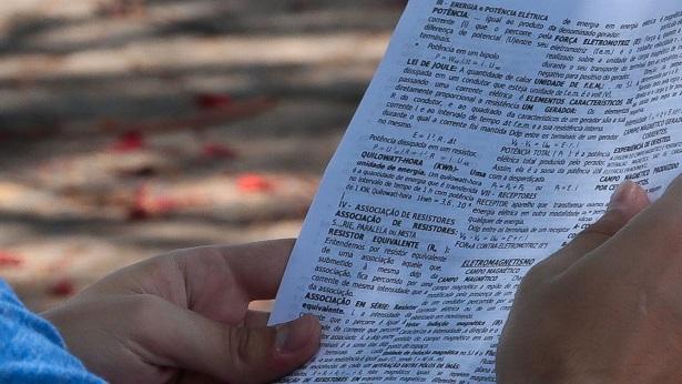 Especialistas dão dicas para três grandes concursos públicos com mais de 10 mil vagas em todo país - concurso, brasil