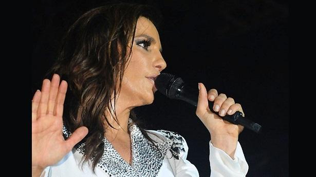 Ivete Sangalo fará live especial no Dia das Mães - celebridade