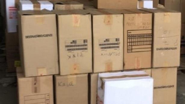 Feira de Santana: Carga de sapatos avaliada em R$ 500 mil é apreendida por Polícia Civil - policia, feira-de-santana, bahia