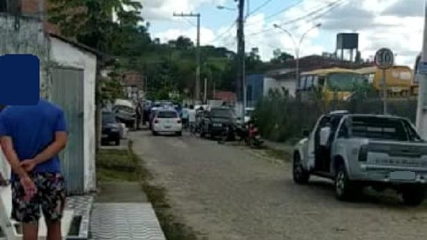 Muniz Ferreira: Polícia acaba com Torneio de Canto de Pássaros na Rua do Cruzeiro - noticias, muniz-ferreira