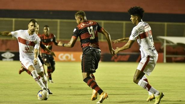 Vitória enfrenta o Altos nas quartas de final da Copa do Nordeste - esporte