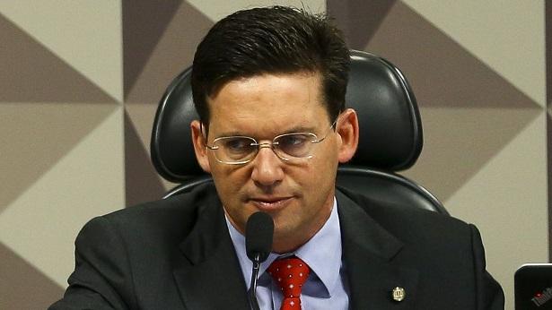 João Roma anuncia pagamento do Auxílio Brasil a partir de novembro - noticias, economia