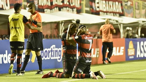 Vitória vence o Altos-PI e está na semifinal da Copa do Nordeste - esporte