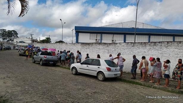 SAJ: Vacinação contra a Covid gera fila enorme próximo ao ginásio - saj, noticias, destaque