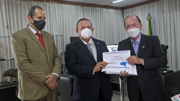 Secretário do Planejamento entrega PLDO 2022 para a Assembleia Legislativa - bahia