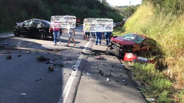 Conceição do Almeida: Colisão entre veículos deixa feridos na BR-101 - noticias, destaque, conceicao-do-almeida, transito