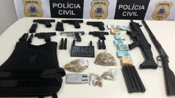 Camaçari: Família é presa por envolvimento com tráfico de drogas - policia, camacari, bahia
