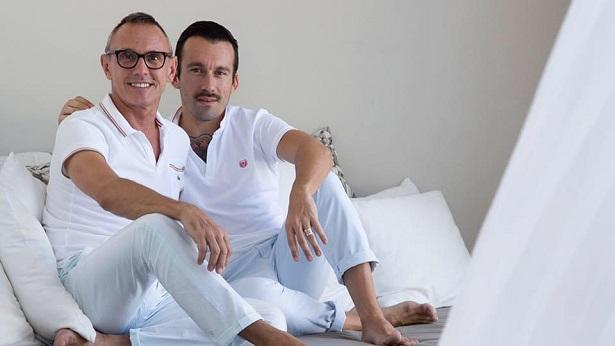 Casado há mais de 20 anos, influencer gay conta que a adoção de uma criança fortaleceu a relação do casal - brasil